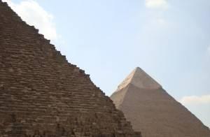 1242702_pyramids