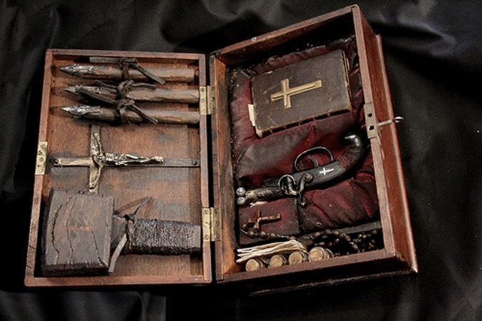 Real Vampire Hunter Kits From The 1800s